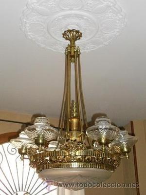 lampara palaciega, Modernista