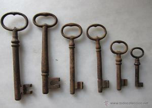 lote de 6 llaves de hierro forjado siglo XIX