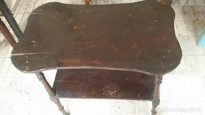 mesa auxiliar antigua