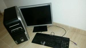 ordenador de mesa Packard bell