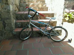 Bicicleta BH BMX California.