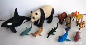 LOTE DE 12 VARIOS ANIMALES DE GOMA PVC