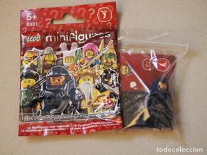 Minifigure de astronauta tipo halo de la serie 7 de lego