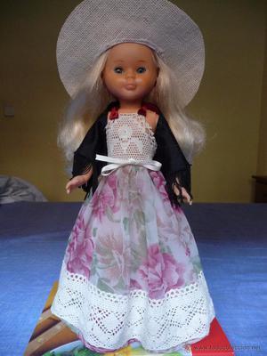 Nancy de Famosa coleccion quiron ad lib preciosa rubia con