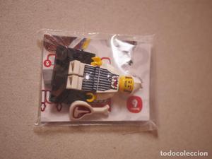 Se vende minifigure de carnicero de la serie 6 de lego