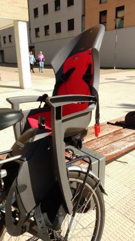 Silla bicicleta porta niños.