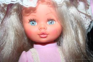 antigua muñeca sintra de berjusa con ropa original