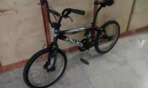 bicicleta bmx BH (oferton)
