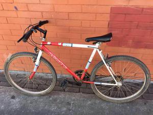 bicicleta de montaña monty