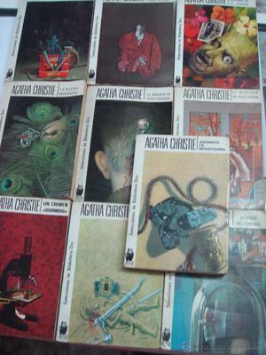 Colección de diez libros de Agatha Christie.
