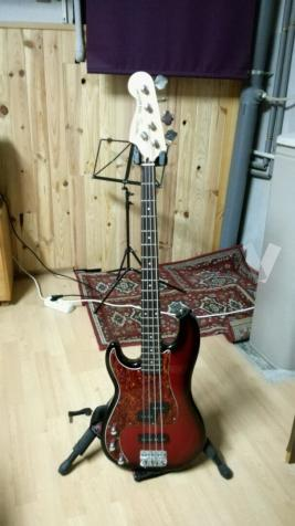 Bajo Squier Precission Bass zurdos