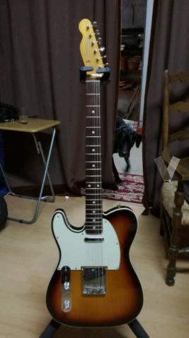 Fender Telecaster Japan zurdos