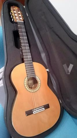 Guitarra espa ola en madera palosanto posot class for Guitarra admira