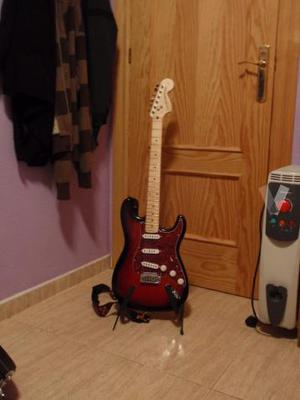 Guitarra Squier by Fender Stratocaster