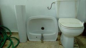 Lavabo espejo y inodoro de esquina malaga moclinejo for Inodoro esquina
