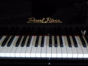 Piano vertical Pearl River
