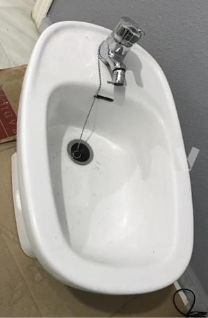 Descargador cisterna roca posot class for Sanitarios roca malaga