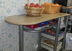 Urge mesa de cocina con verdulero
