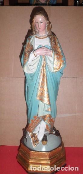 Virgen Inmaculada en madera maciza (siglo XIX)