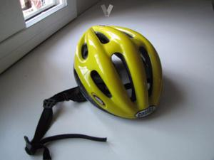 casco Catlike amarillo