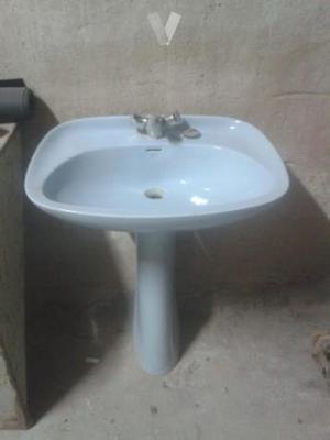lavabo con pie mas grifo
