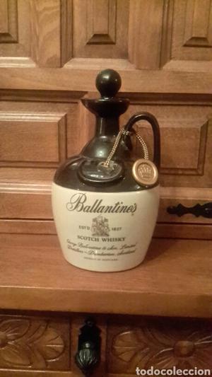 Botella de ceramica
