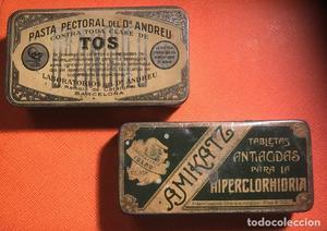 Lote de dos Cajas dr. Andreu y amikatz