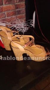 Se vende zapatos en perfecto estado