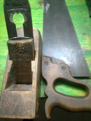 Sierra y Cepillo de carpintero