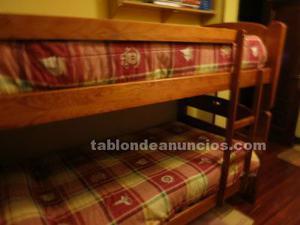 Litera de madera, de dos camas.con somieres