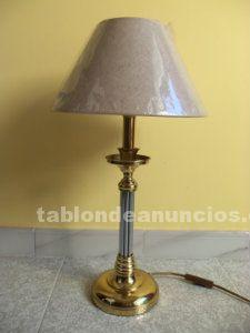 Lámpara de mesa estilo clásico