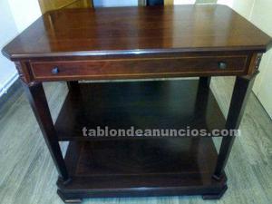 Mesa de salón estilo clásico