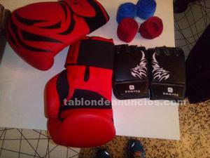 Saco de boxeo + soporet + guantes