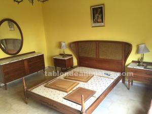 Se vende dormitorio antiguo en madera y marmol