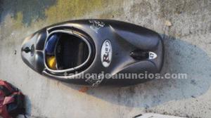 Se vende kayak riot disco