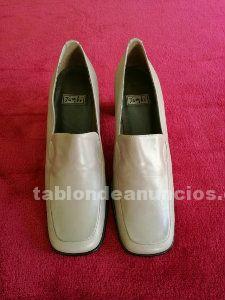 Zapatos de tacon para mujer color crema