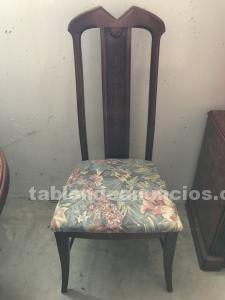 Conjunto de mesa y 5 sillas