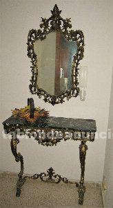 Mesa y espejo cobre y marmol negro