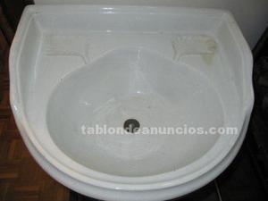 Ultima oportunidad: lavabo de cerámica muy antiguo