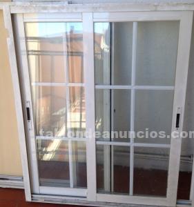 Vendo armario rustico y dos ventanas de aluminio