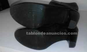 Botas de piel negra 39