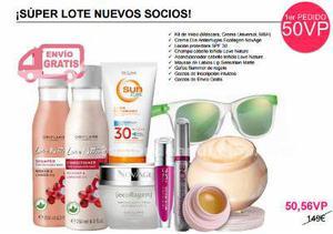 Lote de cosméticos con gafas de sol de regalo