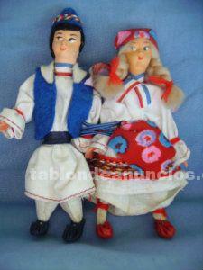Muñecos pareja traje típico países bajos
