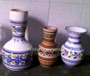 Vendo 3 jarrones de ceramica de talavera de la reina con