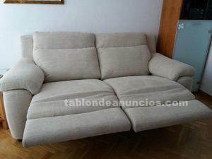 Se vende sofa relax de tres plazas nuevo de la marca losbu