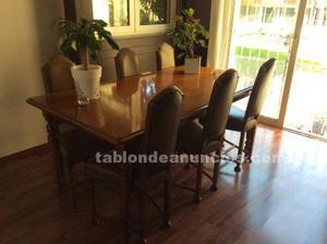 Vendo mesa de comedor y sillas de valenti