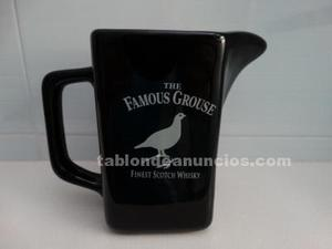 Jarra de whisky famous grouse