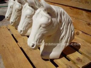 Escultura caballo piedra artificial