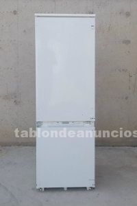 Frigorífico panelable ariston 180cm