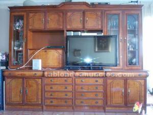 Mueble de comedor y mesa